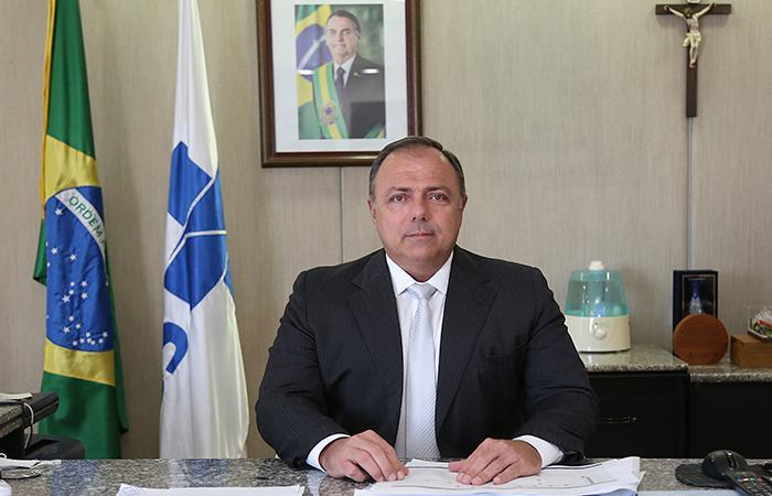 Pazuello toma posse como ministro da Saúde nesta quarta-feira (16)