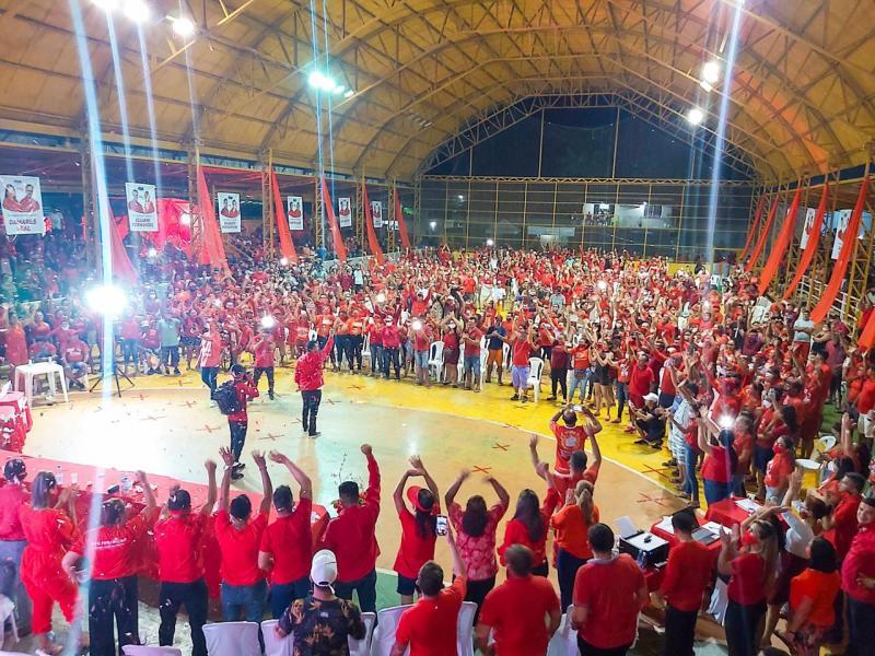 Israel Paulain mostra força política em Nhamundá e oficializa candidatura em convenção municipal