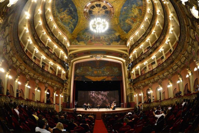 Governo do Amazonas apresenta programação em homenagem ao Dia Nacional do Teatro