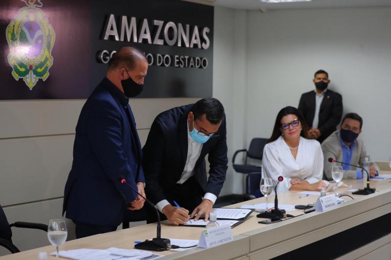 Wilson Lima e Onyx Lorenzoni lançam Programa de Aquisição de Alimentos com investimento recorde no Amazonas