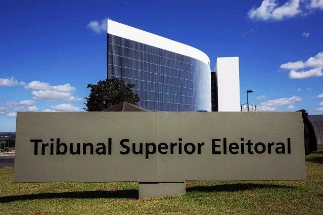 Candidatos iniciam propaganda eleitoral neste domingo (27)