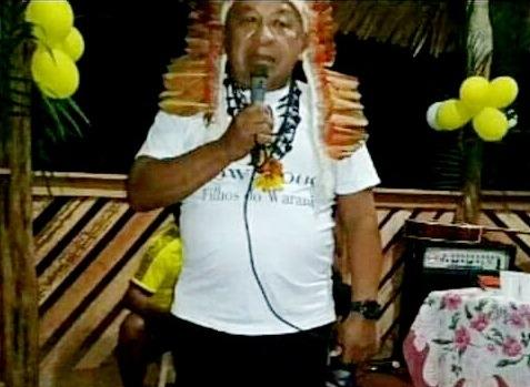 Tuxaua Amado Menezes morre por complicações da Covid-19, em Parintins