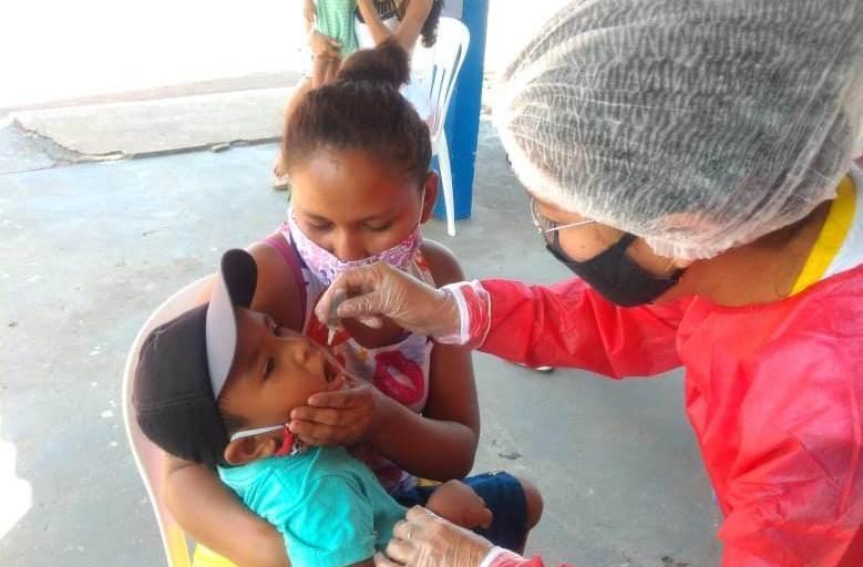 Parintins ultrapassa 1.300 vacinações no dia D contra Poliomielite
