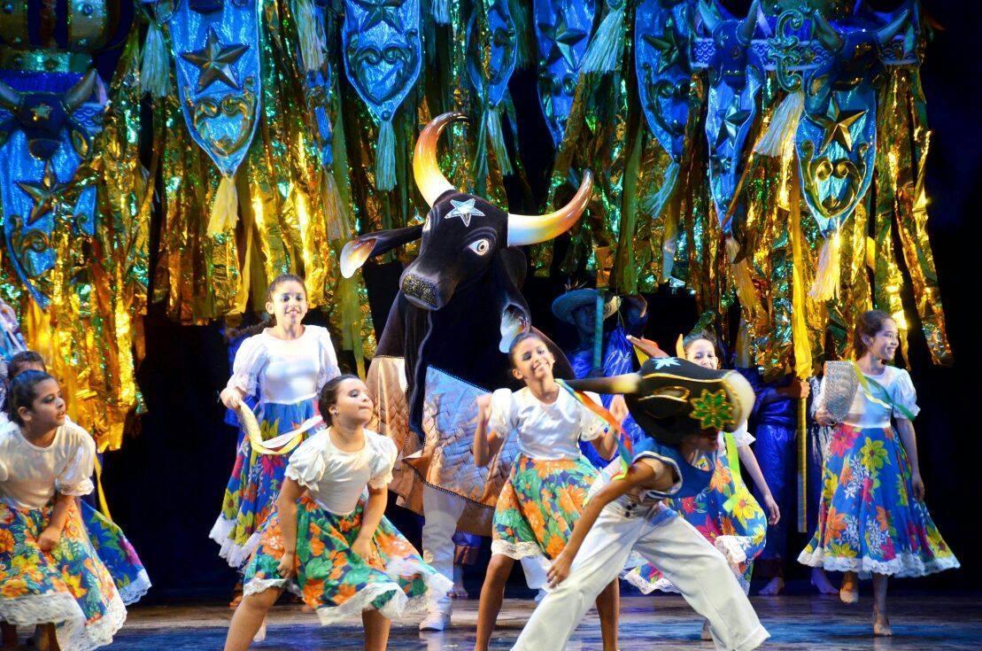 Caprichoso celebra 107 anos com live no Teatro Amazonas