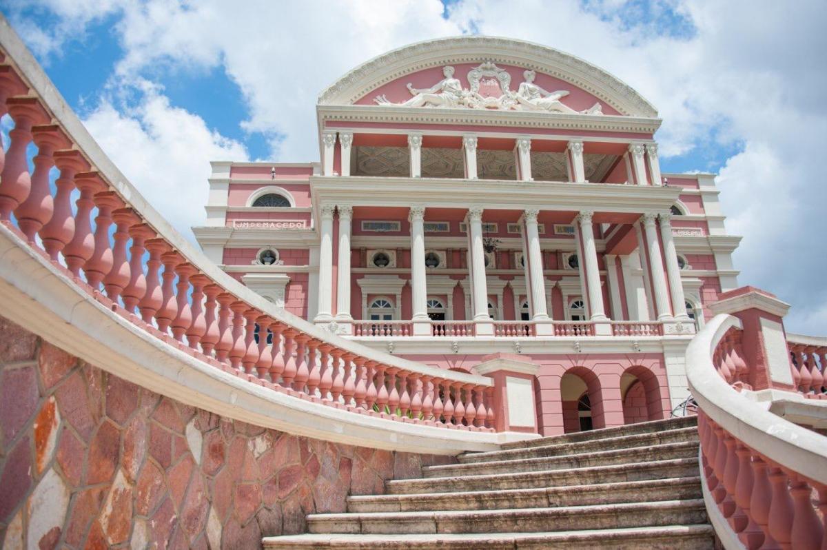 Aniversário de Manaus comemorado com programação cultural