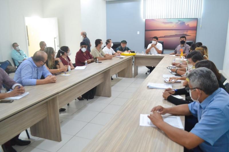 Bi Garcia repassará R$ 100 mil para Diocese de Parintins e emergência do Hospital Padre Colombo será reaberta