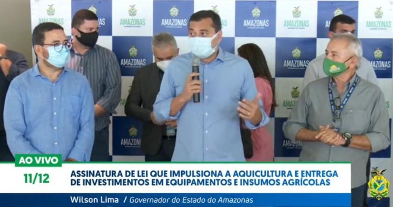 Wilson Lima assina Lei que impulsiona a aquicultura e entrega de investimentos em equipamentos