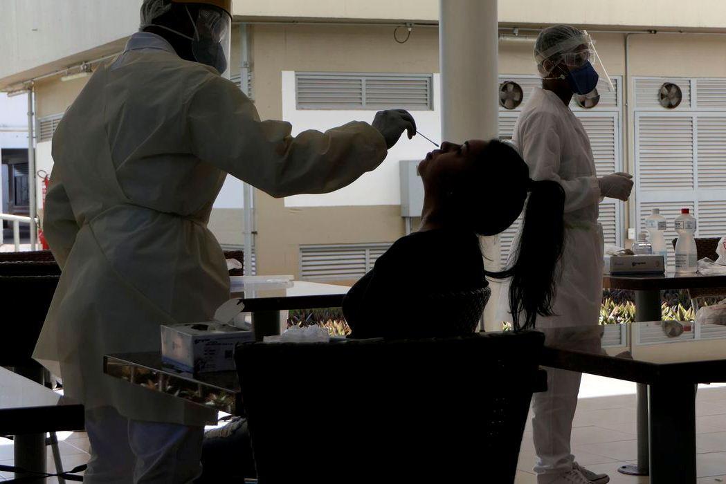 Covid-19: país tem 1,1 mil mortes e 64 mil casos nas últimas 24 horas