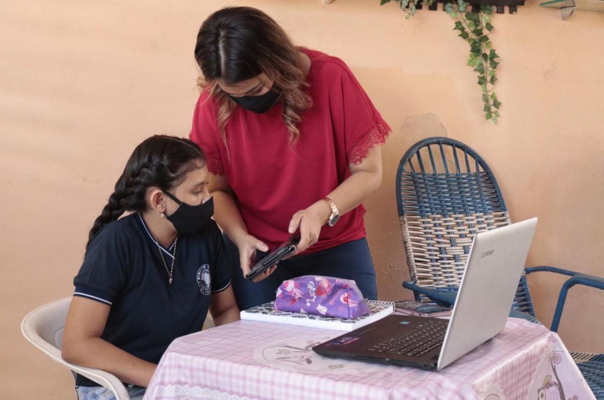 Alunos da rede estadual de ensino retornam às aulas de maneira virtual