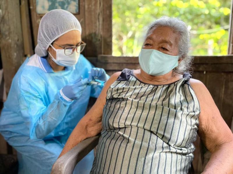 Idosos de 65 a 69 anos começam a ser vacinados a partir desta terça-feira (02), em Parintins
