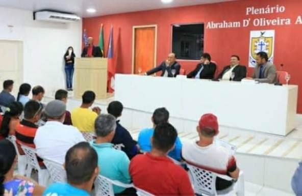 Quadro de vereadores poderá sofrer uma alteração em Barreirinha