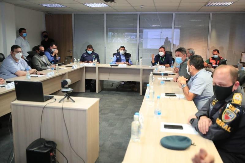 Em novo decreto, Comitê de Enfrentamento à Covid-19 altera horário de serviços