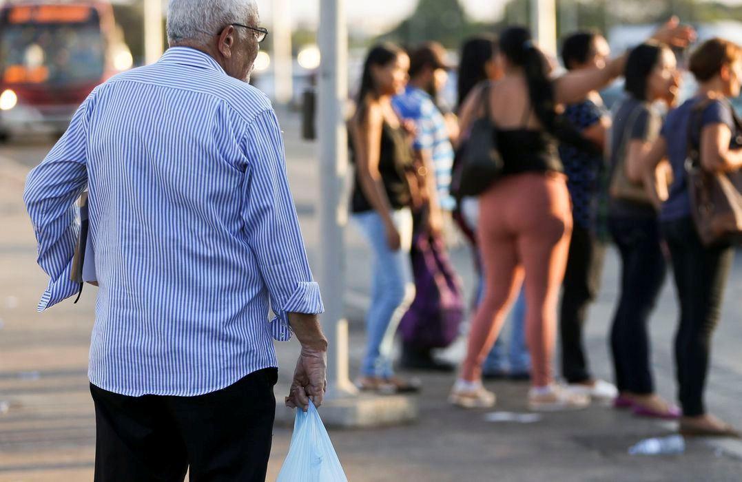 Homens e idosos são principais vítimas de casos graves da Covid-19
