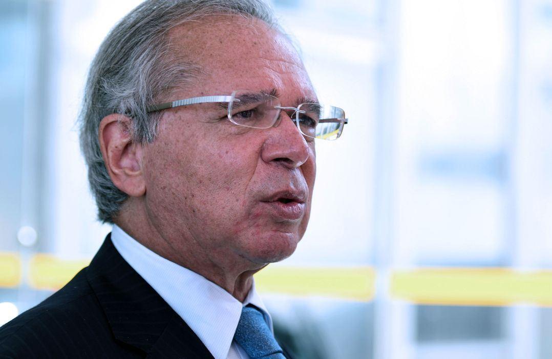 Programa para capacitar jovens terá auxílio de R$ 600, diz Paulo Guedes