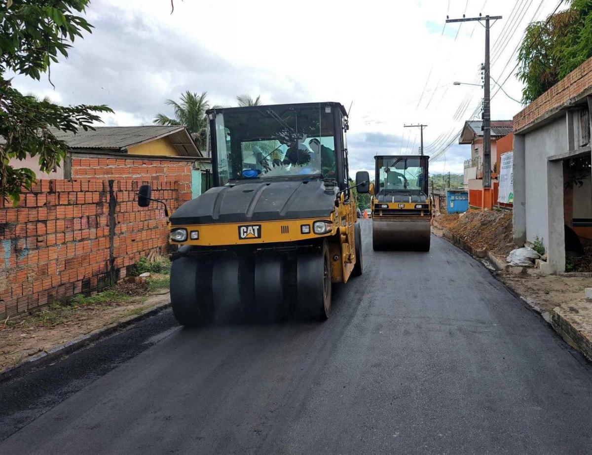 Governo do AM intensifica obra no sistema viário de Rio Preto da Eva