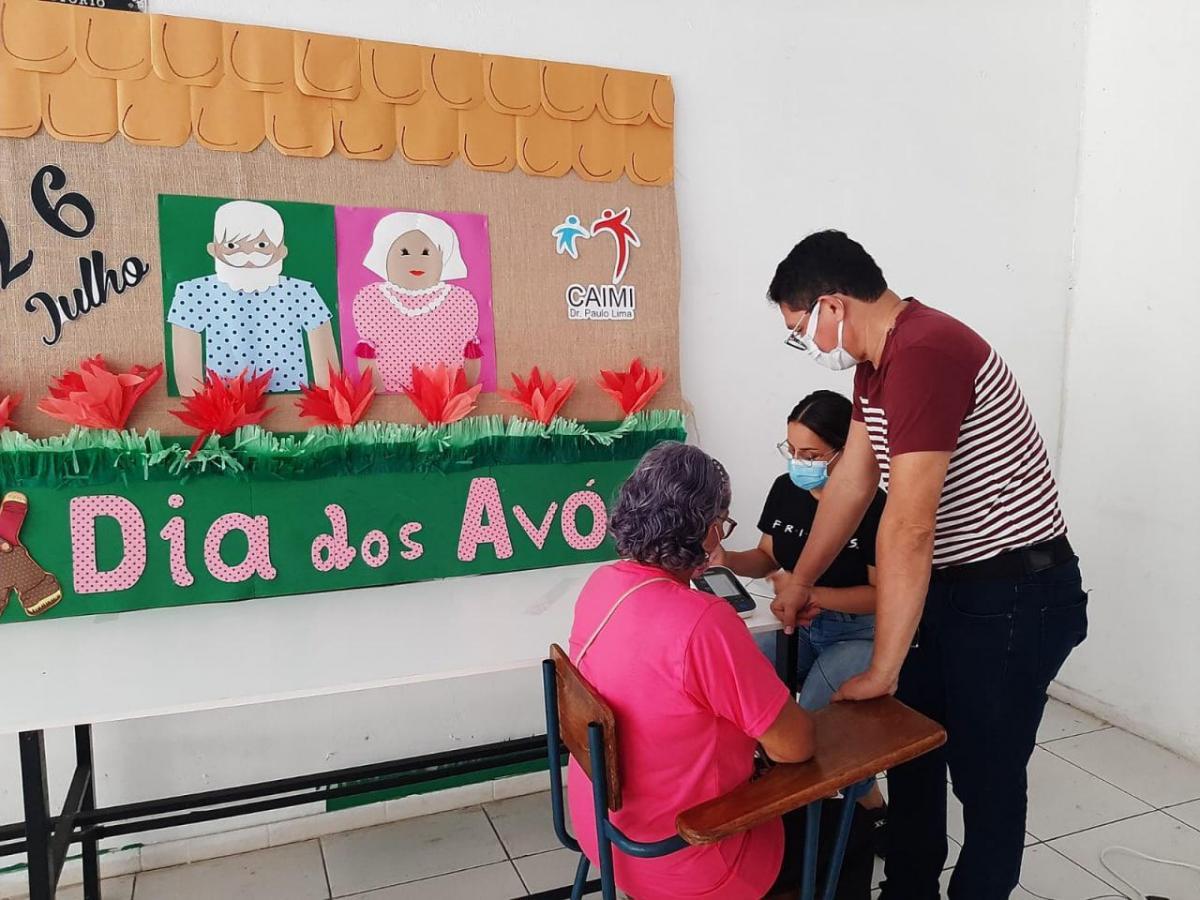 Caimis promovem programação especial para o Dia dos Avós