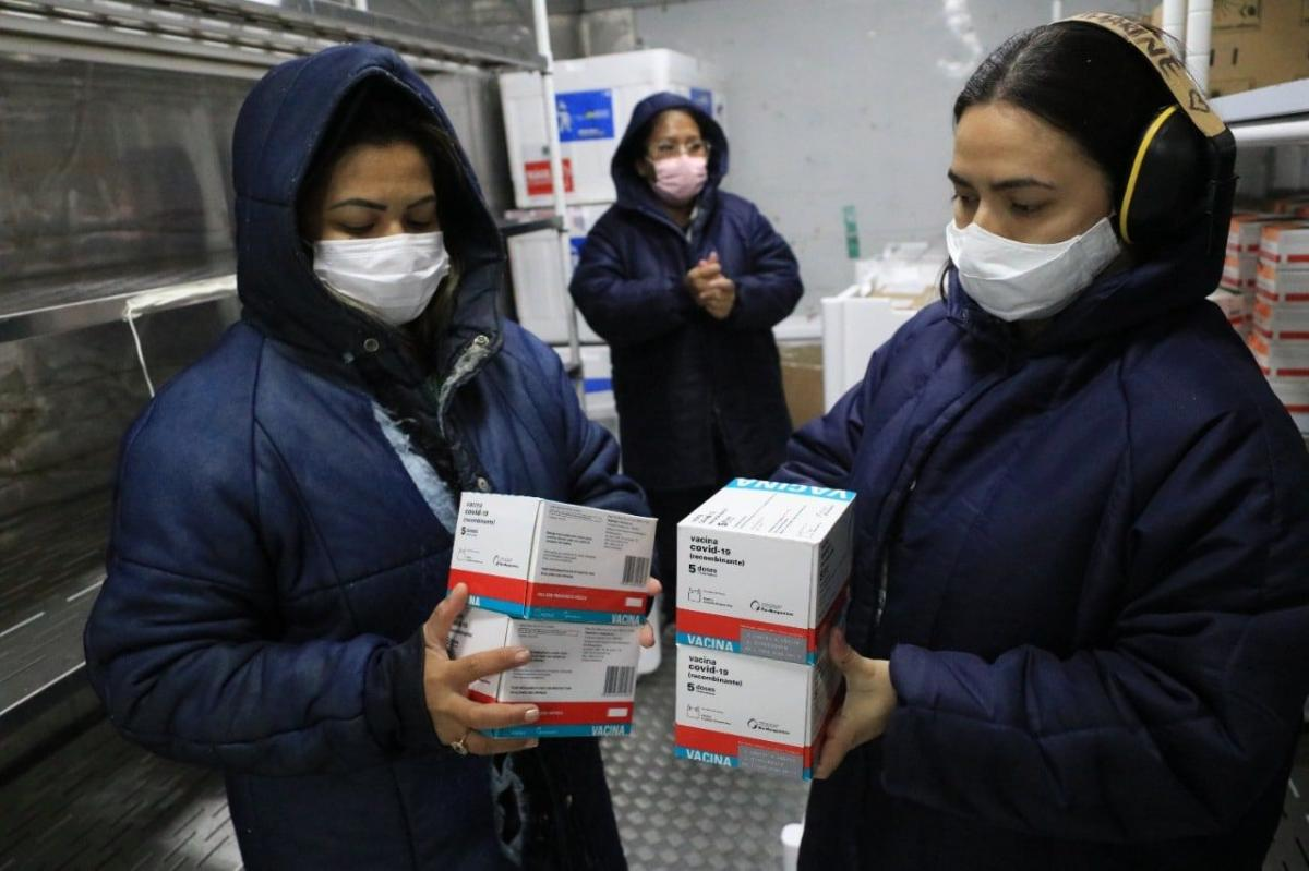Amazonas recebe mais 14.930 doses de vacinas do tipo AstraZeneca
