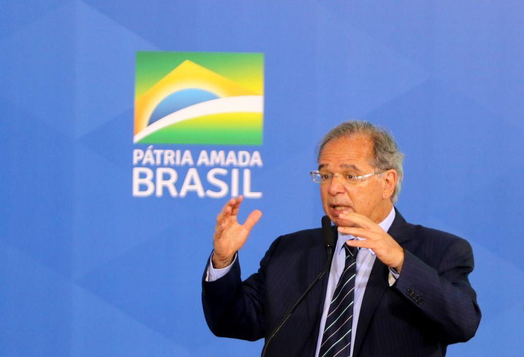 Prioridade zero é Bolsa Família de R$ 300, diz Paulo Guedes