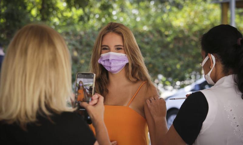 Conselhos de secretários de Saúde defendem vacinação contra Covid-19 de adolescentes sem comorbidades