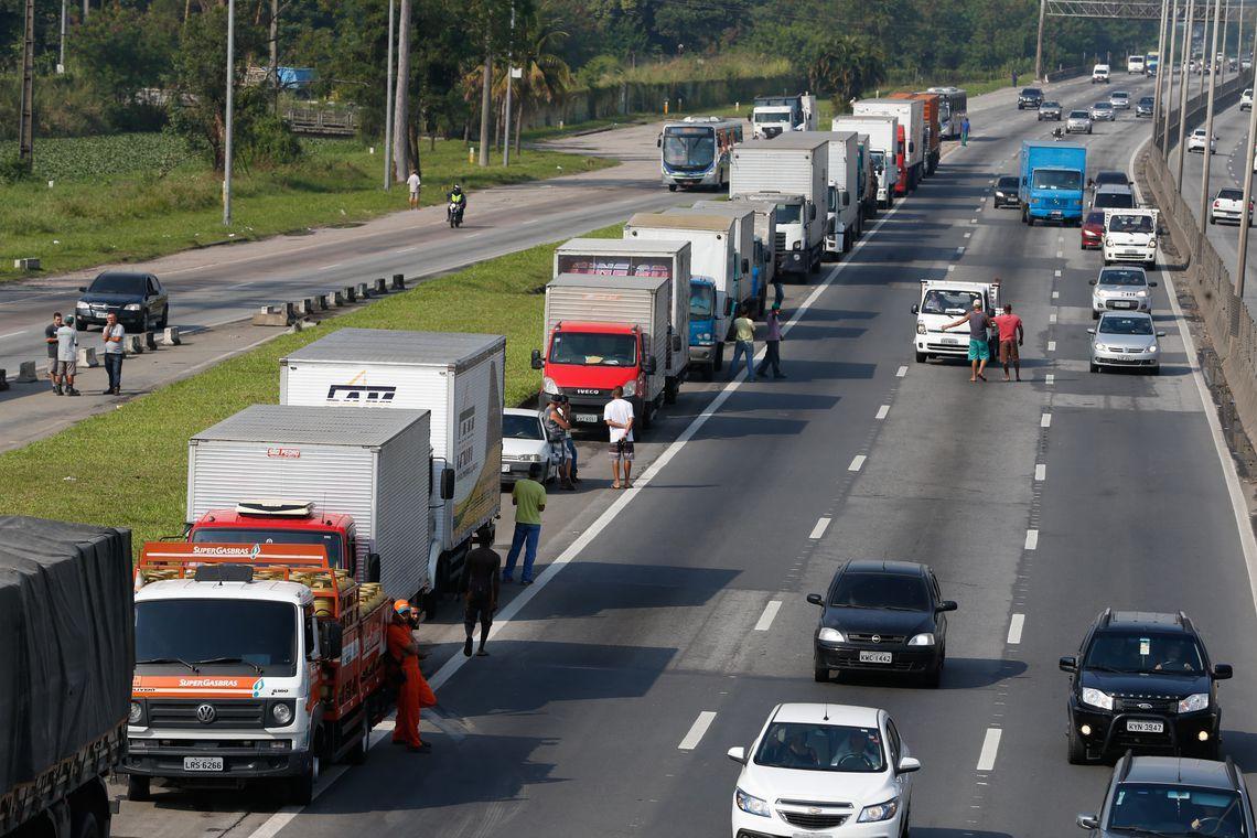 Ministério da Fazenda estima prejuízo de R$ 15 bilhões com a greve dos caminhoneiros