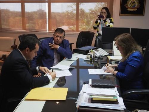 TCE-AM e Controladoria Geral do Estado firmam acordo de cooperação técnica