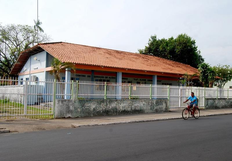Centro de Idiomas Aldair Kimura Seixas será reativado em Parintins