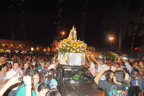 Parintinenses celebram o ano santo da misericórdia na festa de Nossa Senhora do Carmo