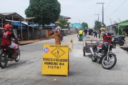 Populares reclamam da lentidão nas obras da Paraíba