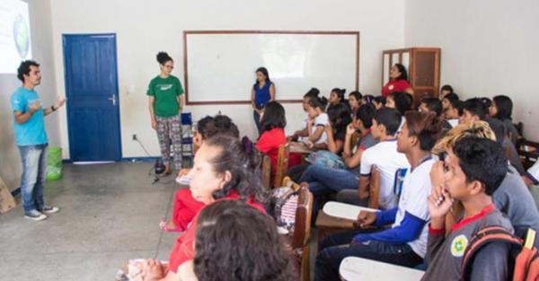 Prefeitura de Tefé oferece 400 vagas de processo seletivo para professores