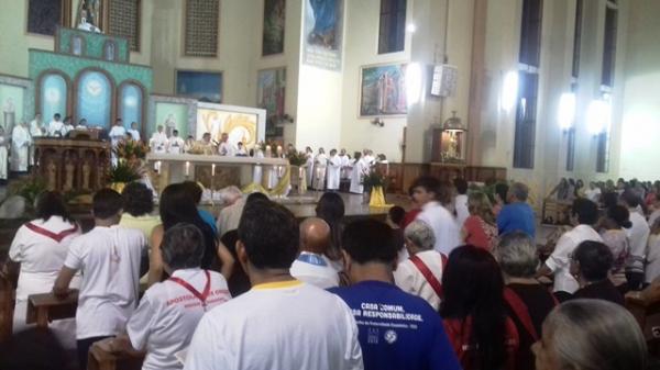 Procissão de Corpus Christi em Parintins reúne milhares de católicos