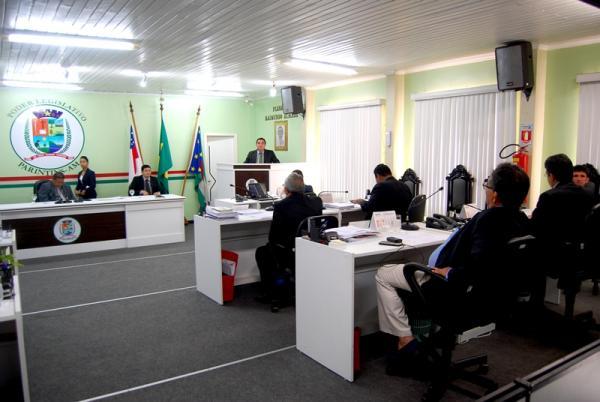 Rádio Câmara cancelada por falta licitação da Câmara Municipal de Parintins