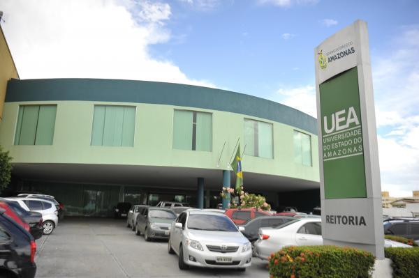 UEA recebe comitiva de universidade sul-coreana