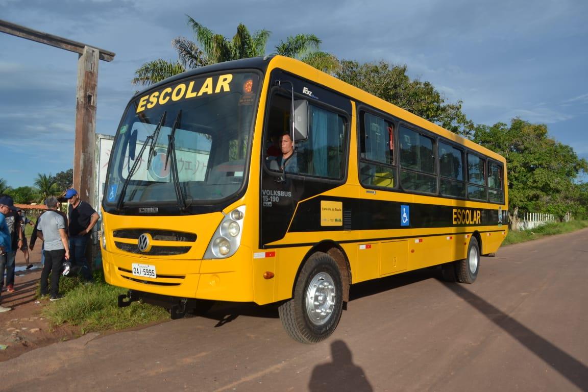 Vila Amazônia ganha mais um ônibus escolar (3)